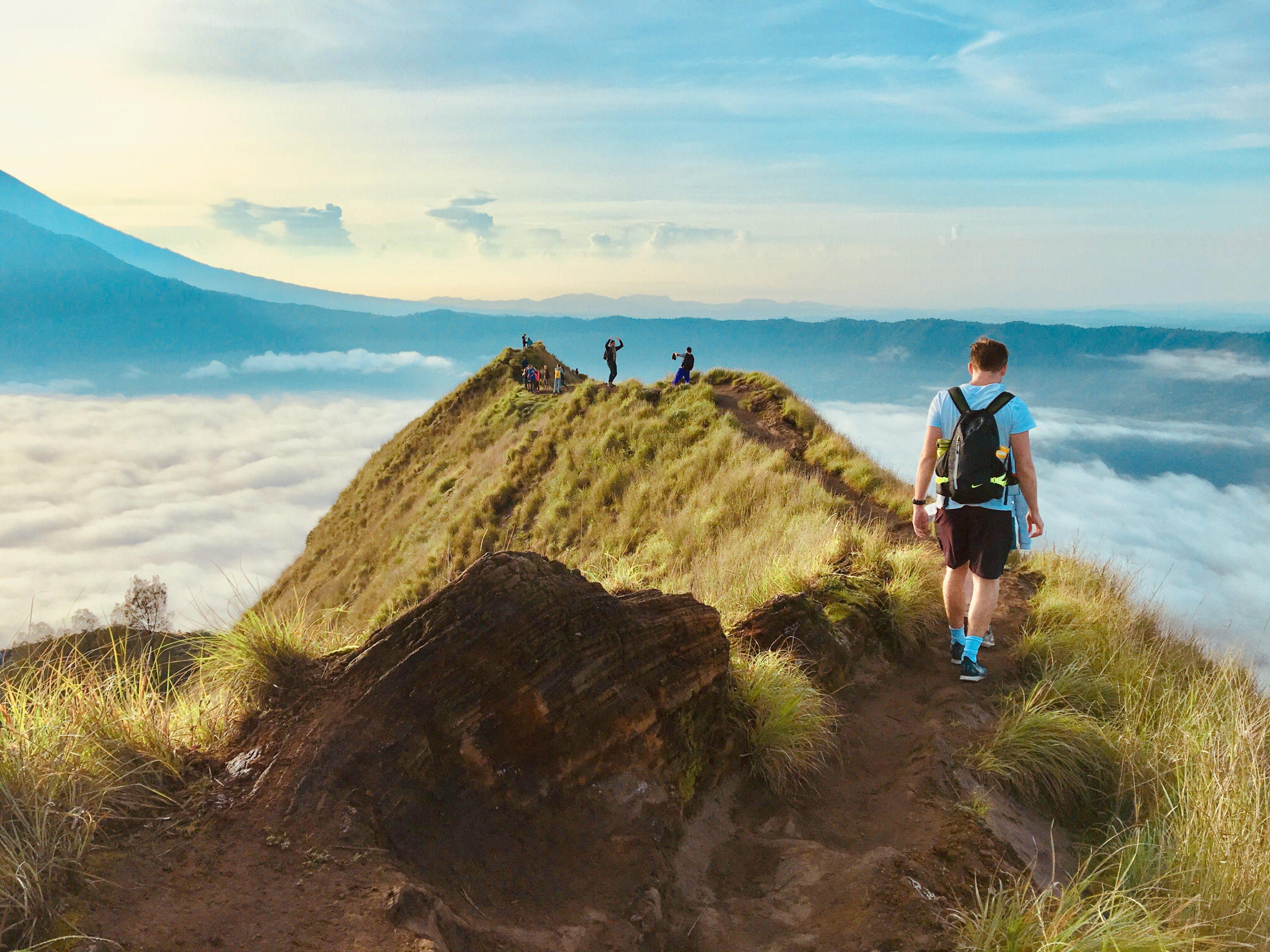 5 انشطة سياحية يمكن القيام بها في جبل باتور في بالي اندونيسيا